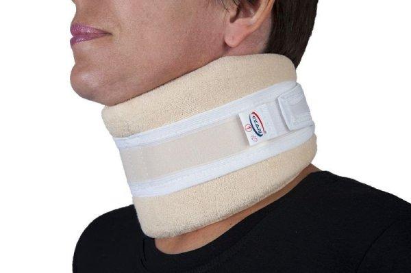 Болит шея больно поворачивать причины